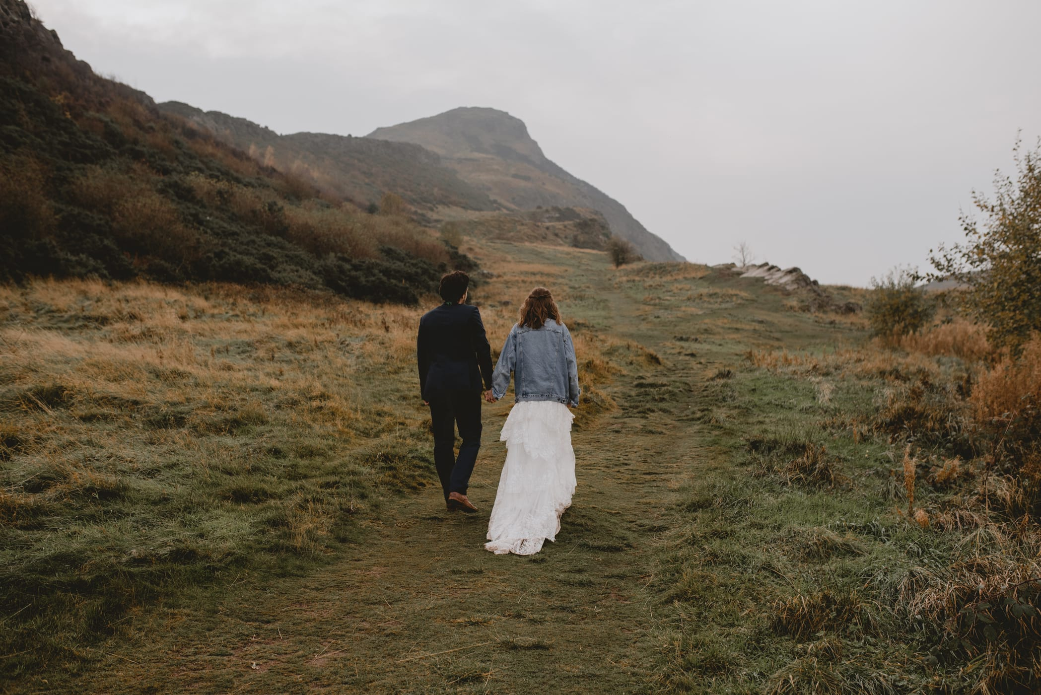 holyrood-park-elopement-photographer
