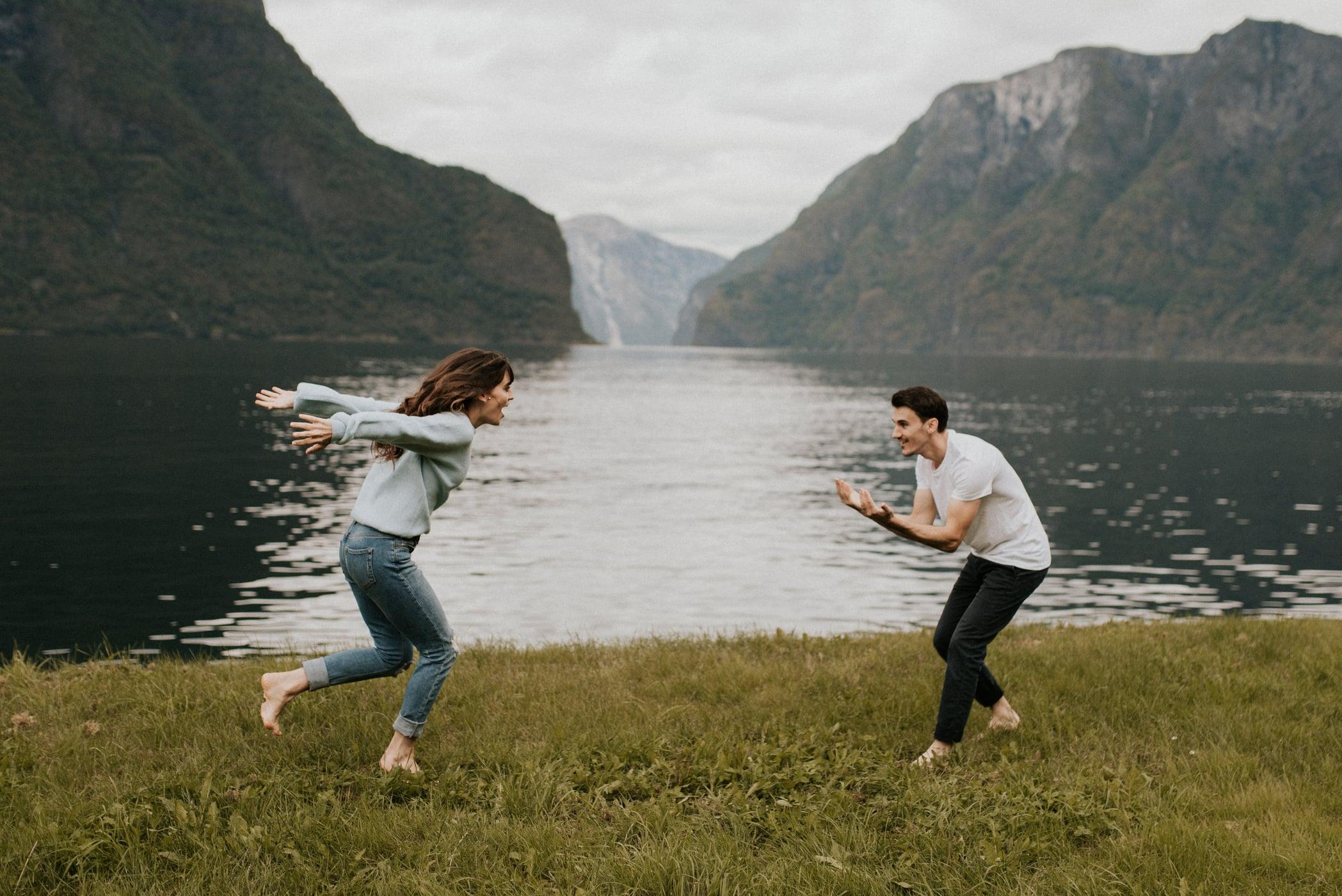 couple engagement photos Norway
