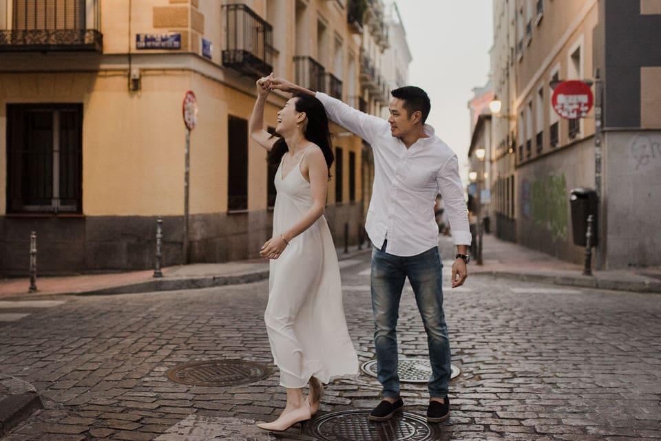 Spanish engagement photos