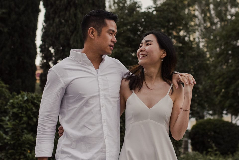 Engagement photos in Madrid
