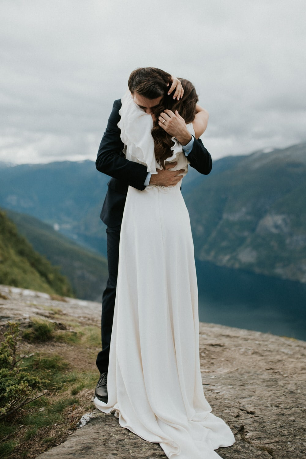 adventurous norway elopement by Emily Kidd Photo outdoor wedding photographer