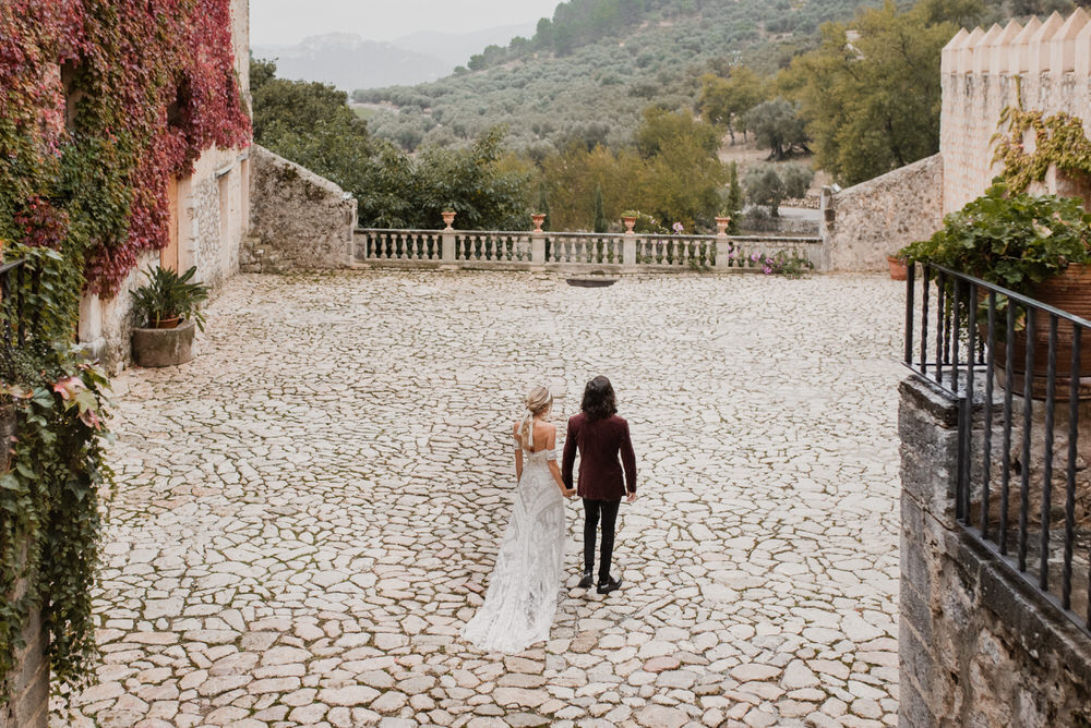 destination wedding at Finca Comassema by emily kidd photo