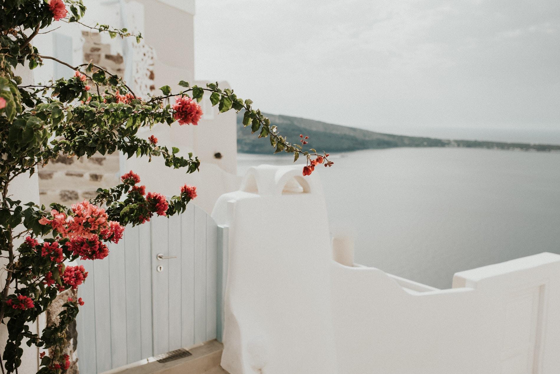 Santorini Elopement Plannning